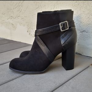 NWOT Christian Siriano Boots Size 10